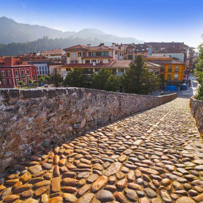 puente de piedra asturias